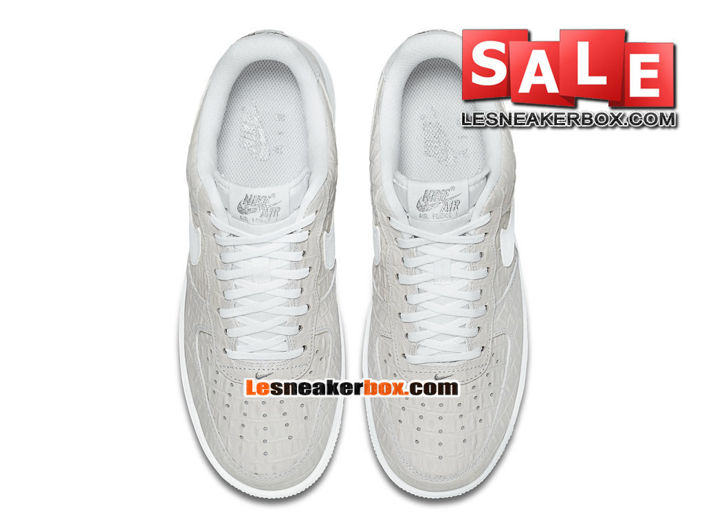 50c61096fd3 ... Nike Air Force 1 07 LV8 Low - Chaussures Nike Sportswear Pas Cher Pour  Homme Blanc ...