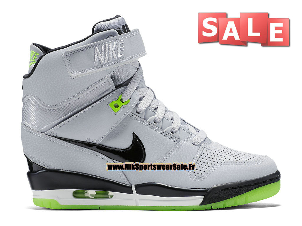 brand new cdadd 5d10e Nike Wmns Air Revolution Sky Hi 2015 - Chaussure Montante Nike Pas Cher  Pour Femme Loup ...